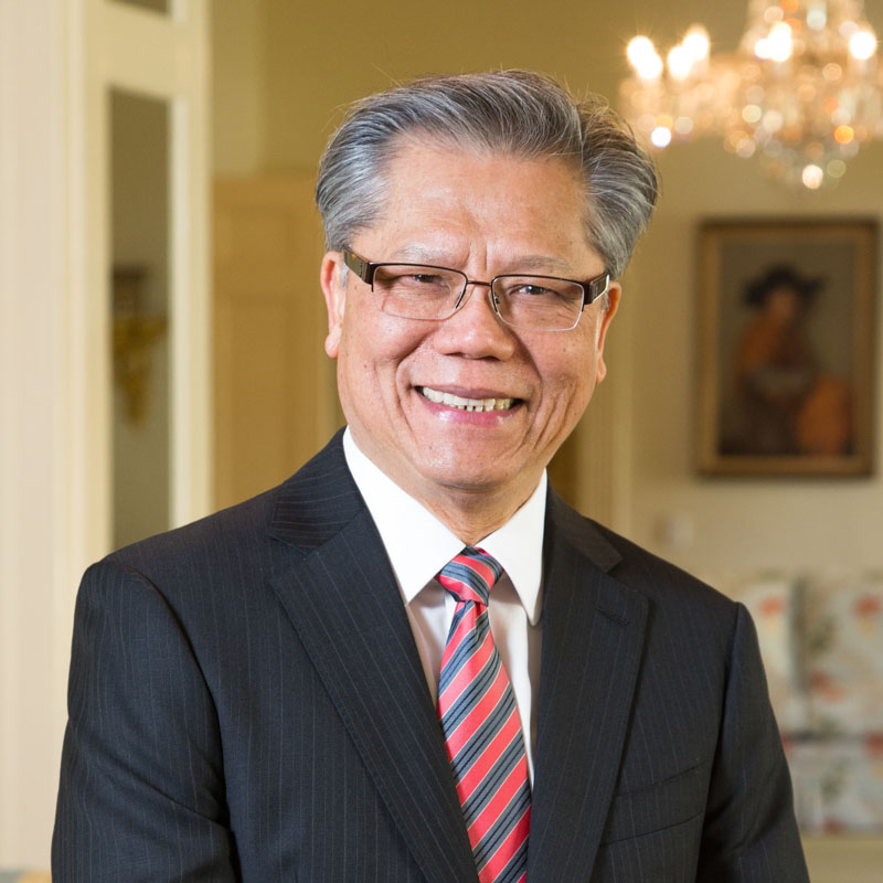 Governor Hieu Van Le, South Australian Patron